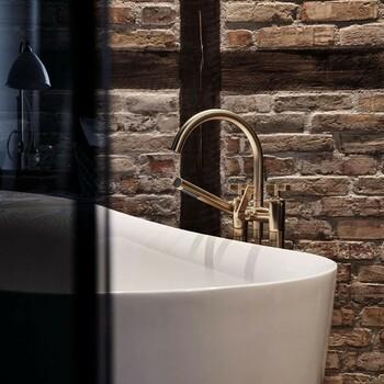 """Pour une salle de bain design, variez le style entre des murs en pierres et des touches dorées ✨   -20% sur tout le site  avec le code """"NOEL20"""", c'est le moment de faire plaisir  et de vous faire plaisir ⭐ Livraison offerte dès 100 euros d'achat !⠀  Lien du site dans la bio 🧞  Salle de bain  by Dornbracht ✨⠀  #bainsetdeco #bathroom #design #luxurylifestyle #luxuryhomes  #collection #exlusivity #showrooms #Dornbracht  #paris #love #beautiful #luxury #deco #decorationdinterieur #interieur #instadaily #metal #kitchen"""