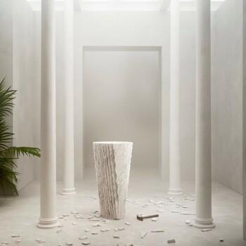 Le raffinement se trouve dans la beauté du détail. 🐚  Bains & Déco s'occupe aussi de vos espaces professionnels !  N'hésitez pas à prendre rendez-vous sur notre site bainsetdeco.fr (Lien dans la bio) ✨  #bainsetdeco #bathroom #design #luxurylifestyle #luxuryhomes #collection #exlusivity #showrooms #Paris #love #beautiful #luxury #deco #decorationdinterieur #interieur