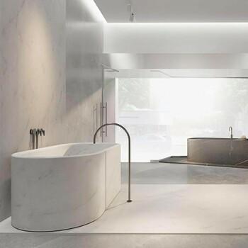Qui n'a jamais rêvé d'une salle de bains marbrée ? 🤩  Inspiré des dernières conceptions et tendances, Bains et Déco vous propose une pièce haut de gamme avec une touche d'élégance contemporaine.   Rendez-vous sur notre site bainsetdeco.fr (Lien dans la bio) ✨  Salle de bains By Cocoon✨  #bainsetdeco #bathroom #design #luxurylifestyle #luxuryhomes #collection #exlusivity #showrooms #Paris #cocoon #love #beautiful #luxury #deco #decorationdinterieur #interieur