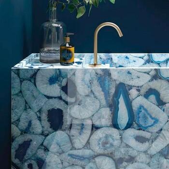 Ayez du style jusqu'à votre salle de bains ! 🤩   Bains & Déco vous accueille dans ses showrooms parisiens dans le respect des gestes barrières !  N'hésitez pas à prendre rendez-vous sur notre site bainsetdeco.fr (Lien dans la bio) ✨  Salle de bains by Fiandre ✨  #bainsetdeco #bathroom #design #luxurylifestyle #luxuryhomes #collection #exlusivity #showrooms #Paris #fiandre  #love #beautiful #luxury #deco #decorationdinterieur #interieur