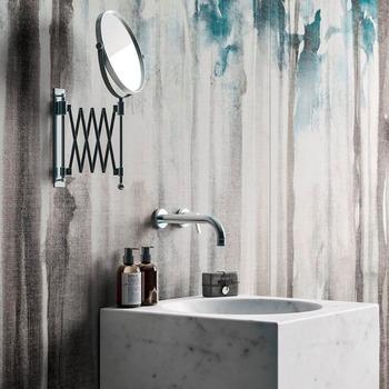 Le marbre dans une salle de bain est un must have ! N'hésitez pas à jouer avec les textures, et les couleurs. Une salle de bain épurée est souvent accompagnée d'une légère couleur pastel pour un rendu élégant et raffiné. 💭  Bains & Déco vous accueille dans ses showrooms parisiens dans le respect des gestes barrières !  N'hésitez pas à prendre rendez-vous sur notre site bainsetdeco.fr (Lien dans la bio) ✨  Salle de bains By Fondovalle ✨  #bainsetdeco #bathroom #design #luxurylifestyle #luxuryhomes #collection #exlusivity #showrooms #Paris #fondovalle  #love #beautiful #luxury #deco #decorationdinterieur #interieur