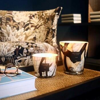 Créez une ambiance qui vous resemble avec nos bougies et diffuseurs design 😍  Bains & Déco vous accueille dans ses showrooms parisiens dans le respect des gestes barrières !  N'hésitez pas à prendre rendez-vous sur notre site bainsetdeco.fr (Lien dans la bio) ✨  #bainsetdeco #bathroom #design #luxurylifestyle #luxuryhomes #collection #exlusivity #showrooms #Paris #baobabcollection #love #beautiful #luxury #deco #decorationdinterieur #interieur