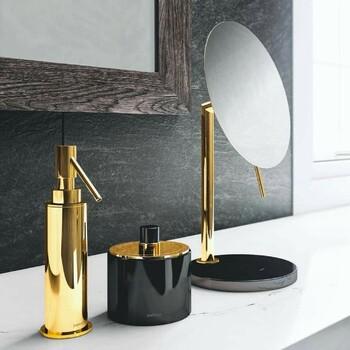 Vous rêviez d'une salle de bain exceptionnelle au style classique, retro, contemporain ou bien ultra luxueuse, vous trouverez chez Bains & Déco les équipements et accessoires correspondant à vos exigences, tant en terme de qualité que de design ✨  Bains & Déco vous accueille dans ses showrooms parisiens dans le respect des gestes barrières !  N'hésitez pas à prendre rendez-vous sur notre site bainsetdeco.fr (Lien dans la bio) ✨  By Pom d'or ✨  #bainsetdeco #bathroom #design #luxurylifestyle #luxuryhomes #collection #exlusivity #showrooms #Paris #pomdor #love #beautiful #luxury #deco #decorationdinterieur #interieur