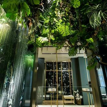 Bains & Déco vous accueille dans ses showrooms parisiens dans le respect des gestes barrières !  N'hésitez pas à prendre rendez-vous sur notre site bainsetdeco.fr (Lien dans la bio) ✨  by Gessi ✨  #bainsetdeco #bathroom #design #luxurylifestyle #luxuryhomes #collection #exlusivity #showrooms #Paris #gessi #love #beautiful #luxury #deco #decorationdinterieur #interieur