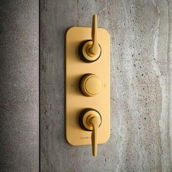 Bains & Déco vous accueille dans ses showrooms parisiens dans le respect des gestes barrières !  N'hésitez pas à prendre rendez-vous sur notre site bainsetdeco.fr (Lien dans la bio) ✨  Salle de bains By Samuel Heath✨  #bainsetdeco #bathroom #design #luxurylifestyle #luxuryhomes #collection #exlusivity #showrooms #Paris #samuelheath #love #beautiful #luxury #deco #decorationdinterieur #interieur