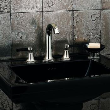Zoom déco du jour 🤩  Robinetterie chromée by Samuel Heath ✨  #bainsetdeco #bathroom #design #luxurylifestyle #luxuryhomes #collection #exlusivity #showrooms #samuelheath #paris #love #beautiful #luxury #deco #decorationdinterieur #interieur