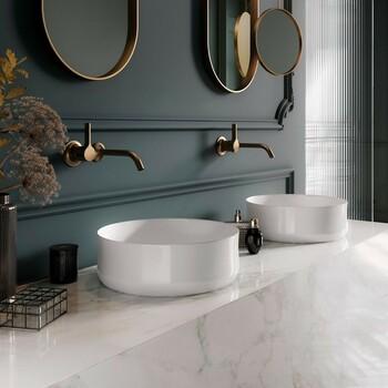 L'équipe Bains & Déco, professionnelle et attentive à tous vos besoins, saura vous guider dans vos choix, en privilégiant toujours la communication et le service 🤩  Bains & Déco vous accueille dans ses showrooms parisiens dans le respect des gestes barrières !  N'hésitez pas à prendre rendez-vous sur notre site bainsetdeco.fr (Lien dans la bio) ✨  By Kaldewei ✨  #bainsetdeco #bathroom #design #luxurylifestyle #luxuryhomes #collection #exlusivity #showrooms #Paris #kaldewei #love #beautiful #luxury #deco #decorationdinterieur #interieur