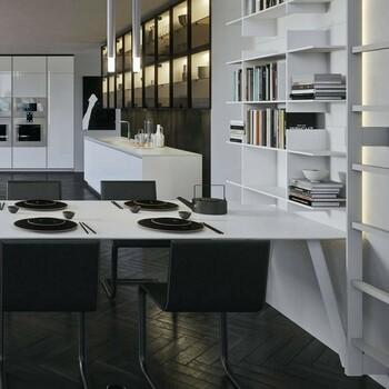 La cuisine ouverte,  à l'américaine,  donne un côté conviviale et chaleureux à votre espace ! 😍  Bains & Déco vous accueille dans ses showrooms parisiens dans le respect des gestes barrières !  N'hésitez pas à prendre rendez-vous sur notre site bainsetdeco.fr (Lien dans la bio) ✨  By Arrital ✨  #bainsetdeco #bathroom #design #luxurylifestyle #luxuryhomes #collection #exlusivity #showrooms #Paris #arrital  #love #beautiful #luxury #deco #decorationdinterieur #interieur