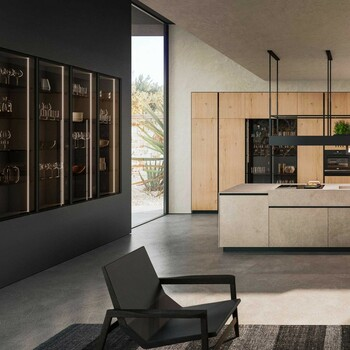 Pour un appartement noble et élégant, jouez sur la symétrie des meubles et de leur agencement ✨  Bains & Déco vous accueille dans ses showrooms parisiens dans le respect des gestes barrières !  N'hésitez pas à prendre rendez-vous sur notre site bainsetdeco.fr (Lien dans la bio) ✨  #bainsetdeco #bathroom #design #luxurylifestyle #luxuryhomes #collection #exlusivity #showrooms #Paris #love #beautiful #luxury #deco #decorationdinterieur #interieur